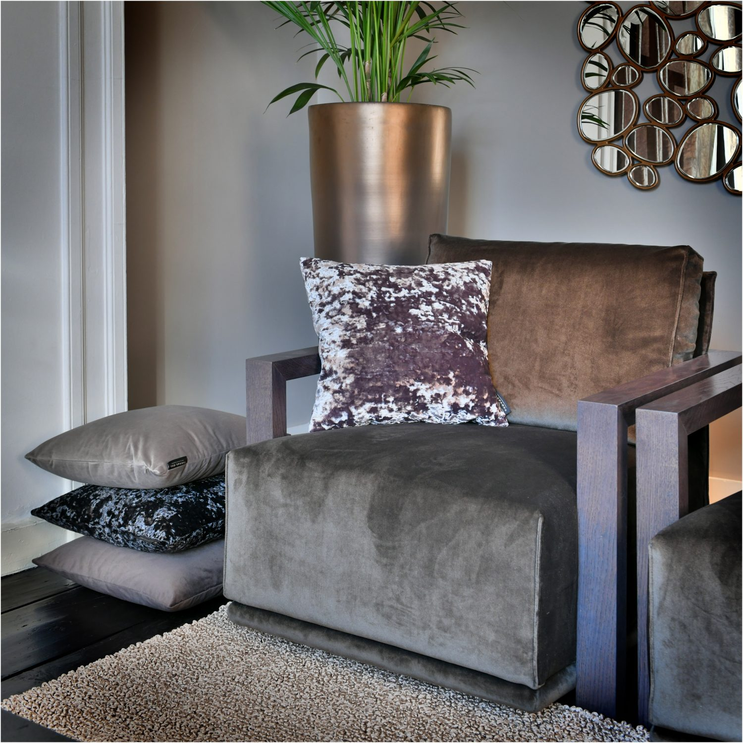 TED SPARKS - CUSHION - CRUSHED VELVET - ASH