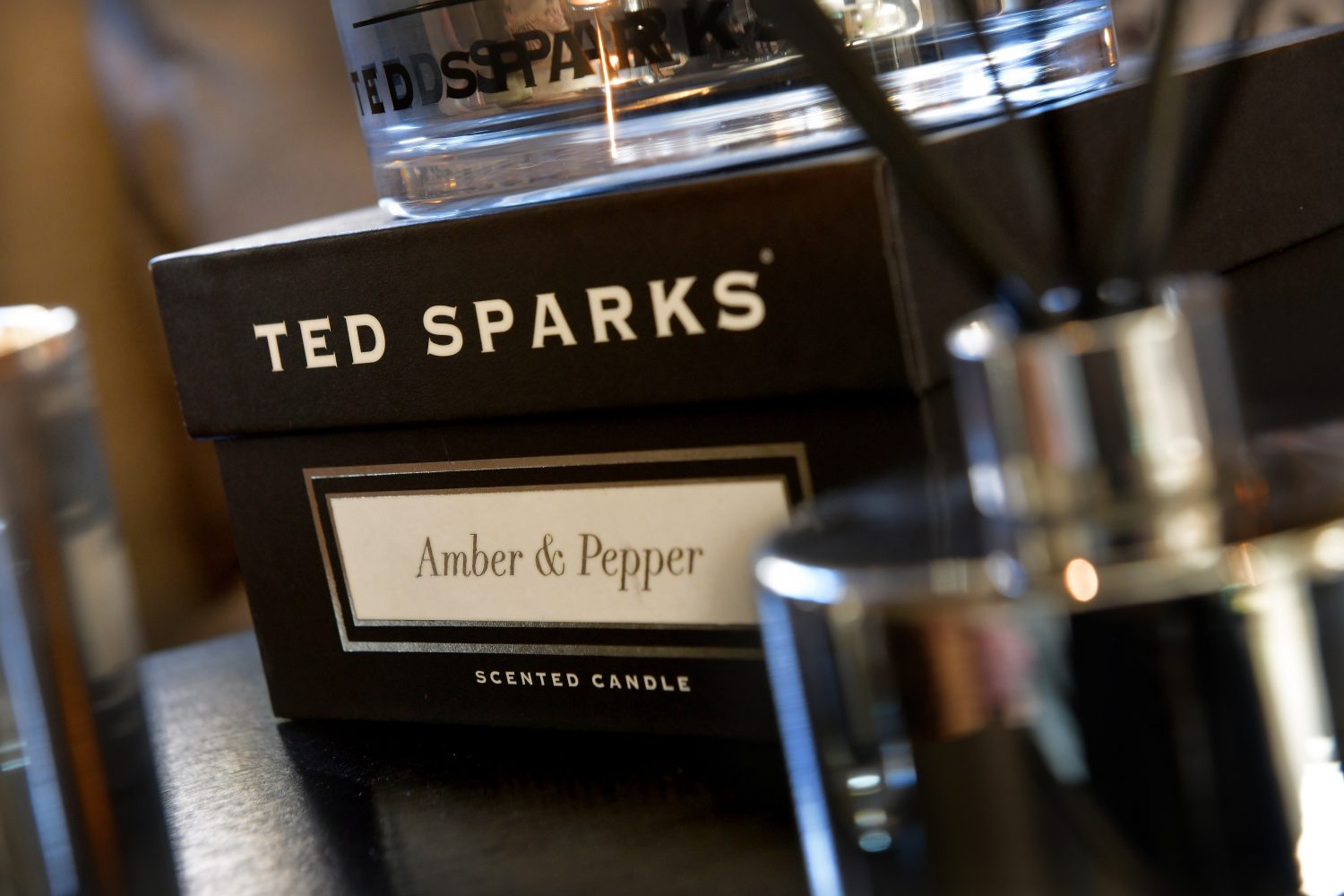 TED SPARKS - METALLIC COLLECTION -SILVER - CLOSE UP